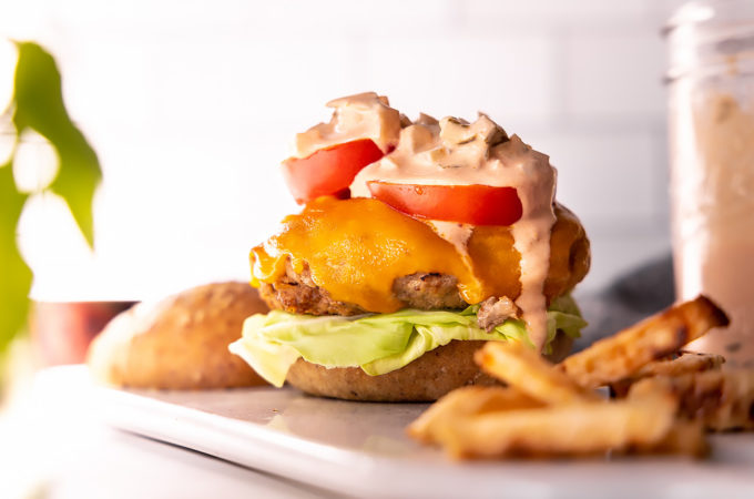 turkey burger recipe with tomato and dressing