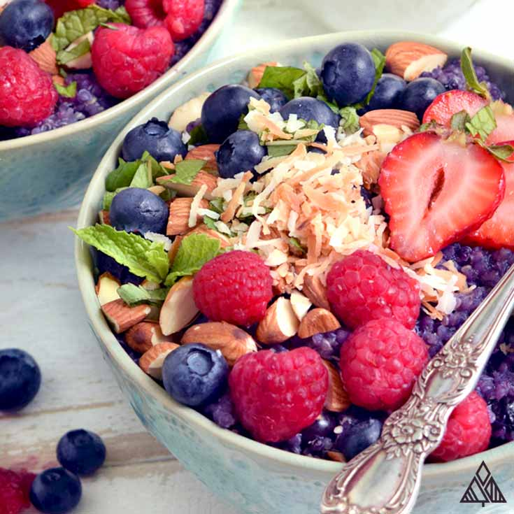 The Ultimate Quinoa Breakfast Bowls