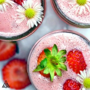 Strawberry Banana Smoothie | The Little Pine
