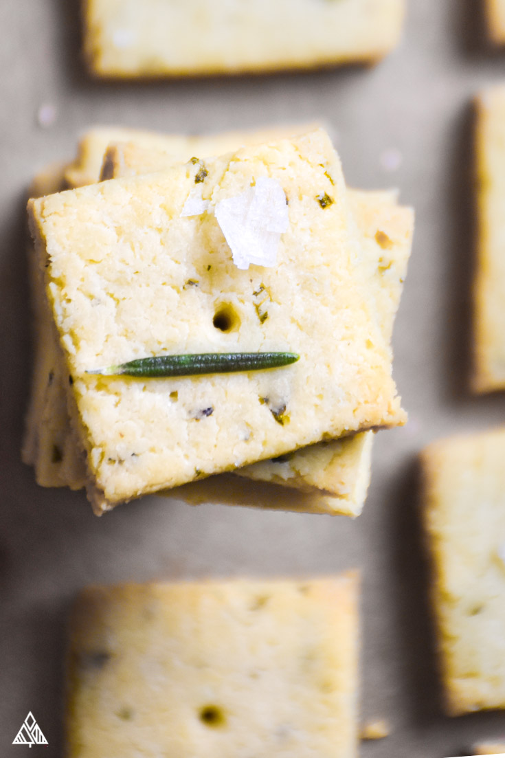 The Low Carb Crackers You've Been Looking For (Paleo /Gluten Free)