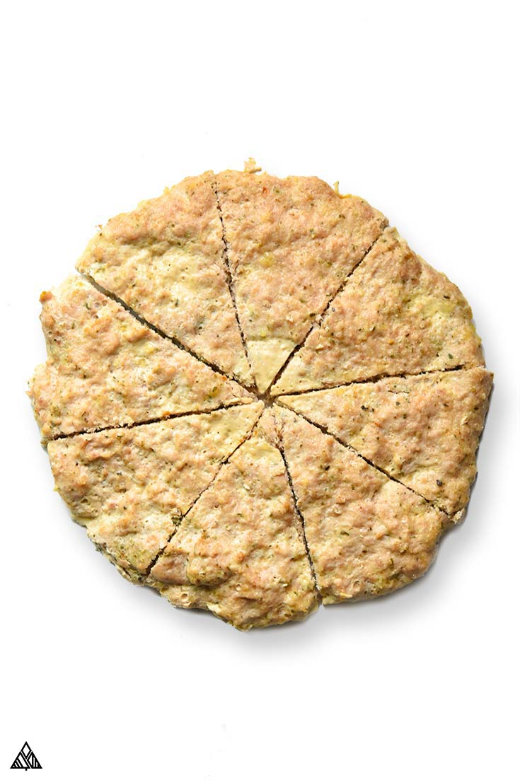 Sliced meatza crust