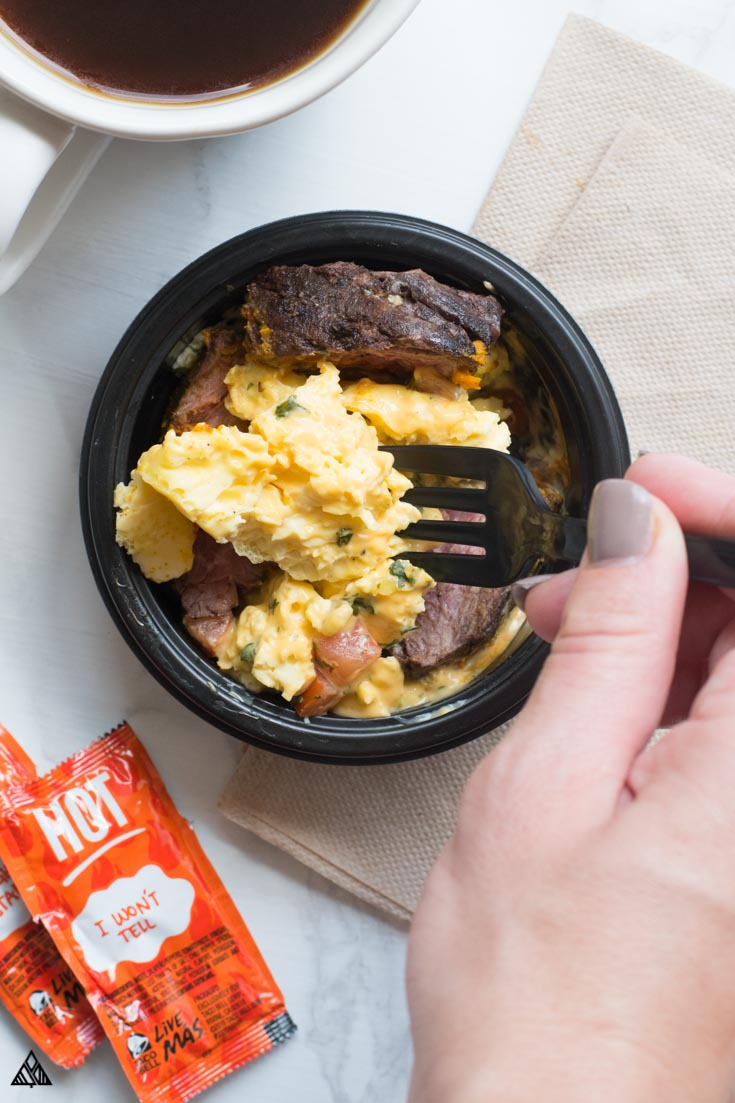 Check out how to order keto taco bell, from breakfast to power bowls. Who woulda thought everyone's favorite fast food joint is full of delicious low carb fixins!
