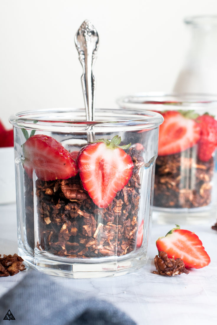 2 glasses of keto granola with strawberries on top