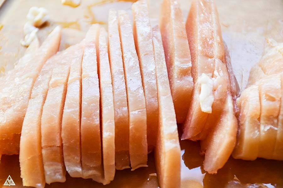 Thinly sliced chicken meat