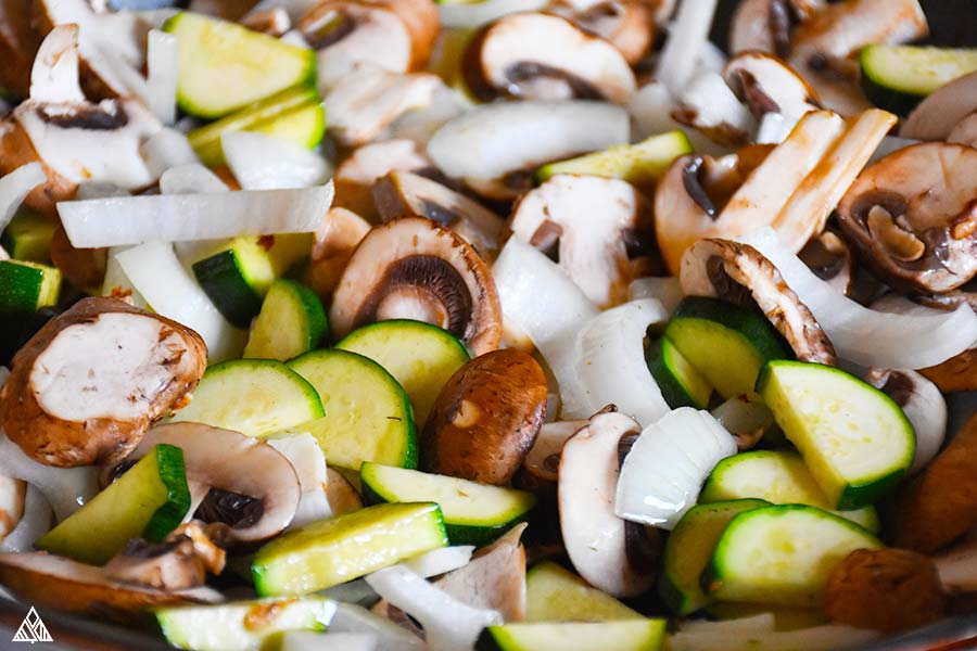 Vegetables and other ingredients for hunan chicken