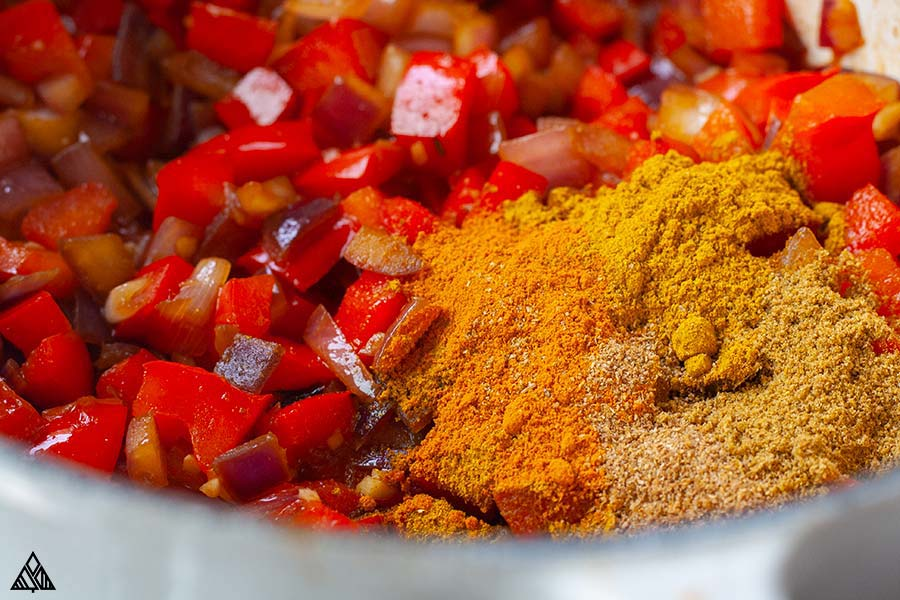 Combined ingredients for keto curry