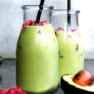 2 bottles of low carb green smoothie