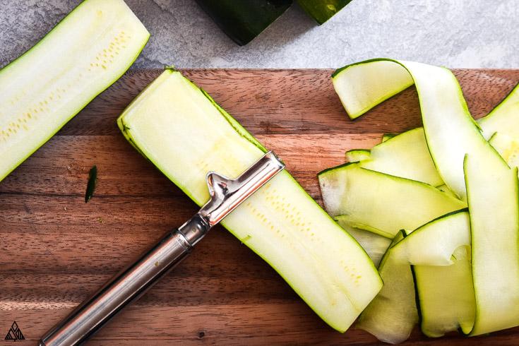 Making thin slices of zucchini