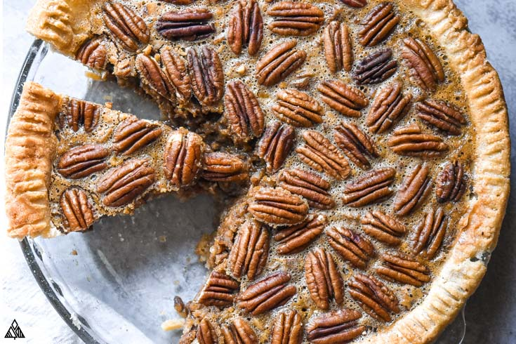 Sliced low carb pecan pie